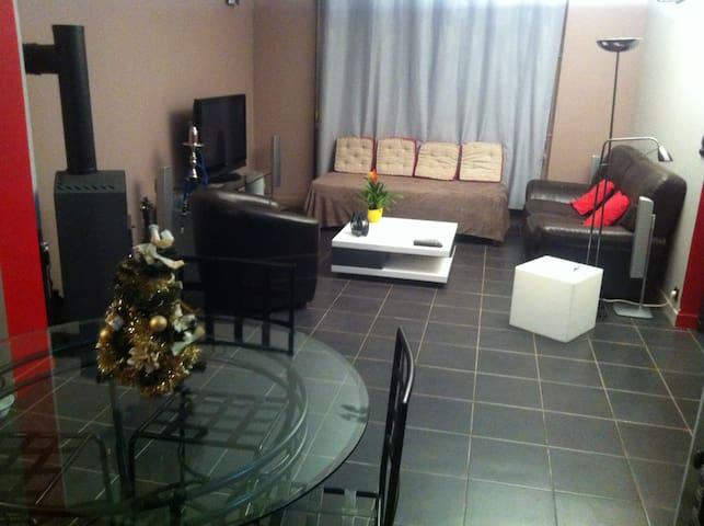 Chambre(10min à pieds du circuit des 24h) 2voya