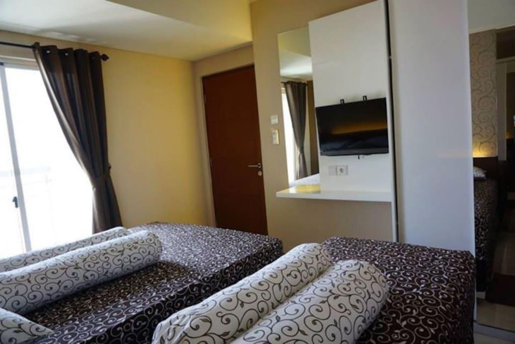 Master Bedroom + TV