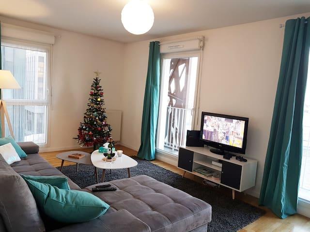 Spacious and cosy flat near la Défense Paris