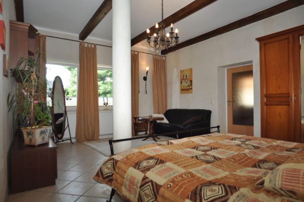 barrierefreie fewo l ndlich wohnungen zur miete in radeburg sachsen deutschland. Black Bedroom Furniture Sets. Home Design Ideas