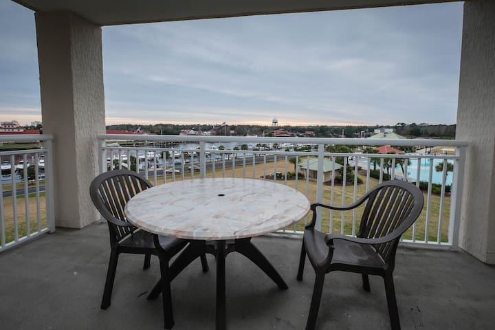 Barefoot Yacht Club Tower 1, 504: 4 BR Condo