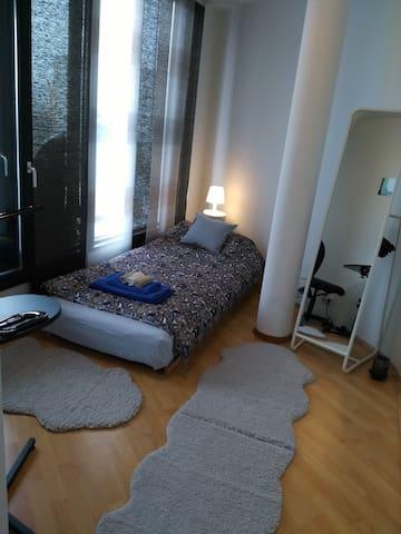 Cozy room with terasse, 15 min from Alexanderplatz - Berlin - Apartment
