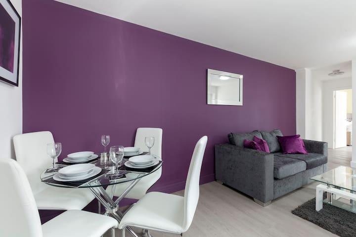 Smartapart Loughborough - One-Bedroom Apartment (The Mandarin)
