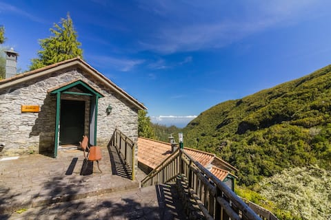 Azália - A cottage in the mountains of Madeira