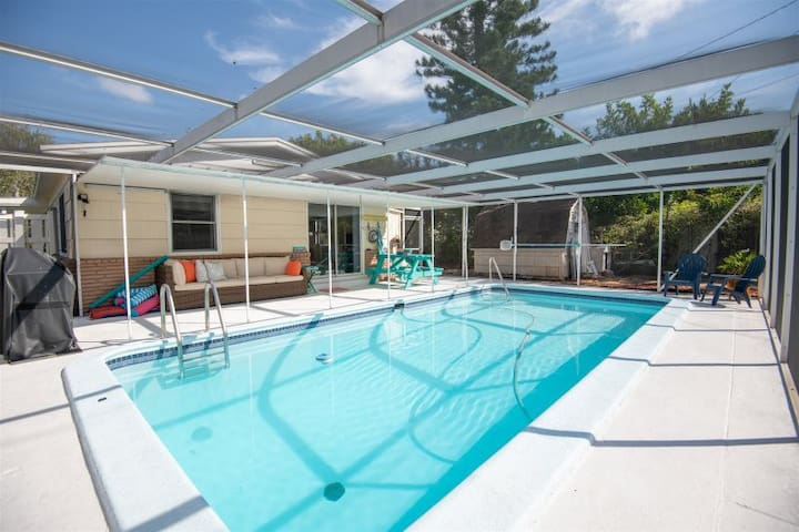 Great Location! Pet Friendly Home with a Pool