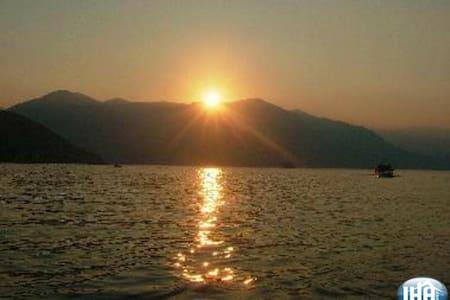 Charming Studio with Lake Iseo view - Sale Marasino