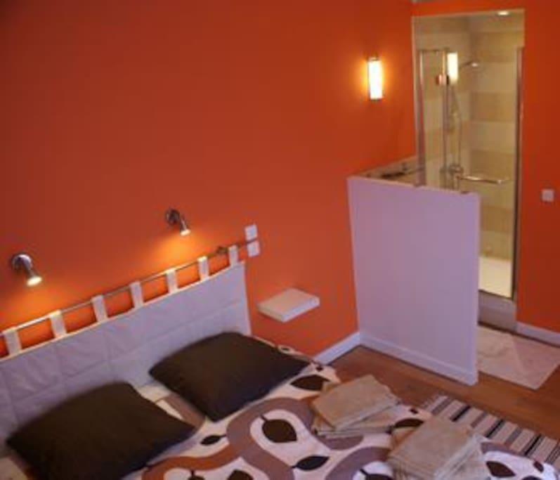 La chambre Cézanne et sa douche indépendante