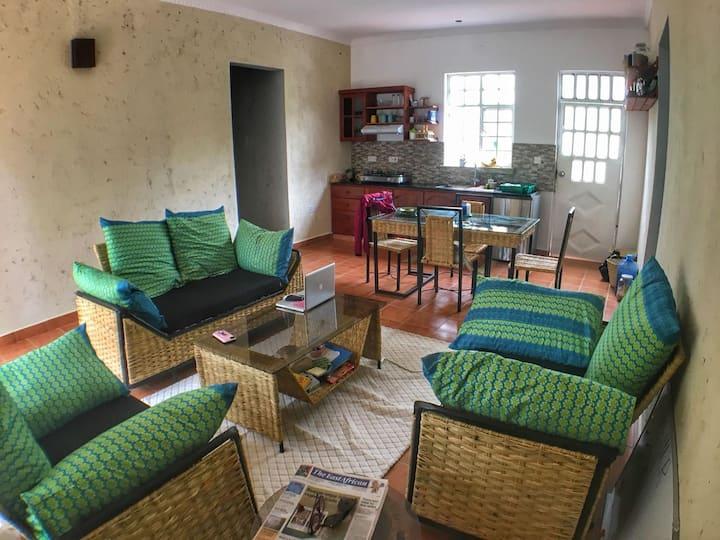 Karibu private western apartment in ilboru, Arusha