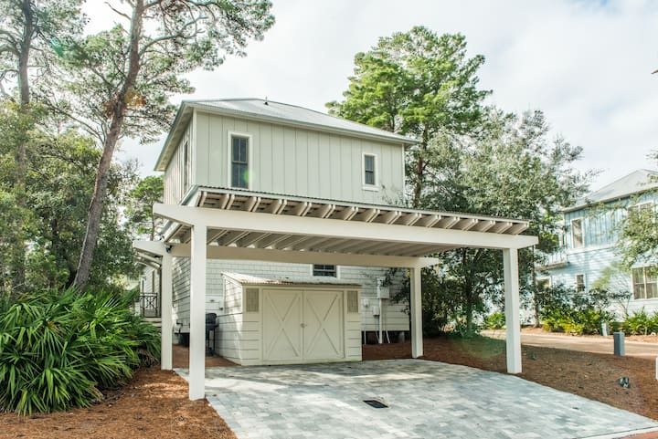 Seasonally Heated Pool! Short walk to Pool* and Beach*,1,511 Sq Ft -Seas the Day in Magnolia Cottage