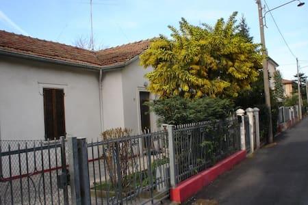 Rimini casa jardín - Rimini - Hus
