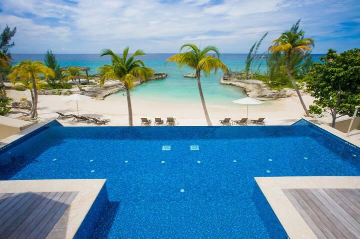 3-Bedroom Luxury Villa on a Spectacular Cove Beach