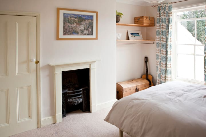 Quiet house, near centre of Norwich - Norwich - Bed & Breakfast