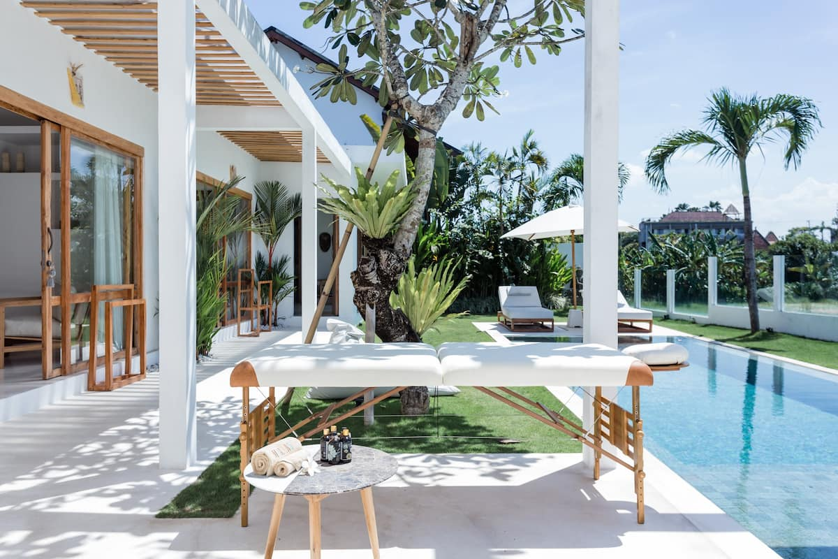 Sparkling Ultramodern Villa Close to Trendy Bars in Canggu