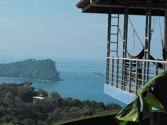 Private- 7 bedroom -Penthouse  a  MANUEL ANTONIO