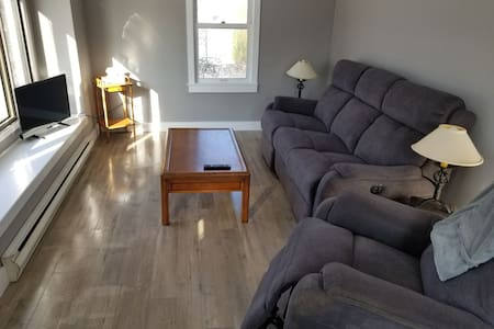 Newly Renovated Private 3 Bedroom House
