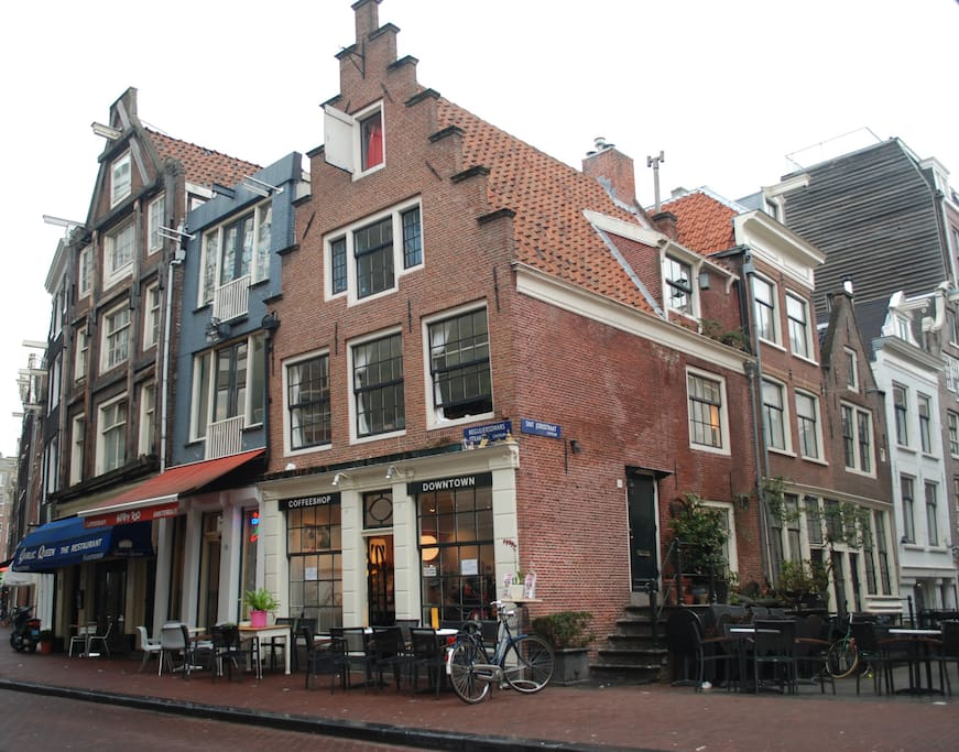 C moda habitaci n doble apartamentos en alquiler en msterdam holanda septentrional pa ses bajos - Apartamentos en amsterdam ...