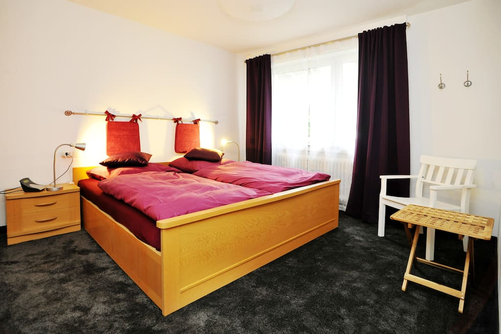 nice quiet domicile in stuttgart apartments for rent in stuttgart baden w rttemberg germany. Black Bedroom Furniture Sets. Home Design Ideas