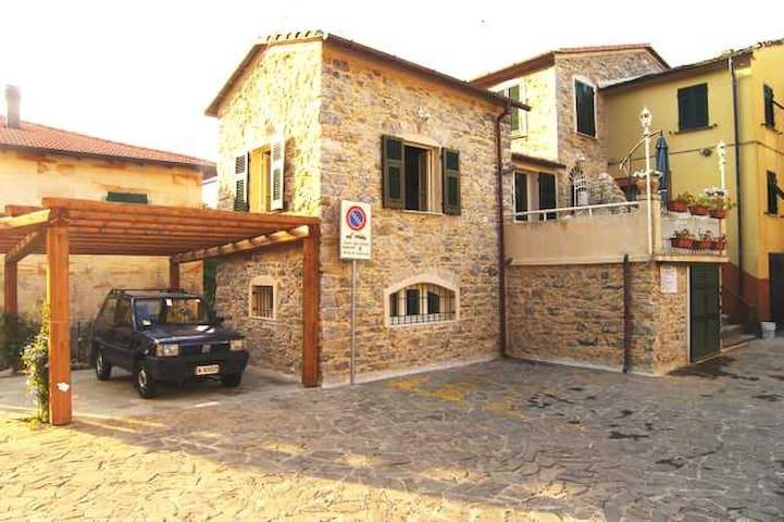 Casa vacanze nelle 5 terre liguri - Camedone - Villa