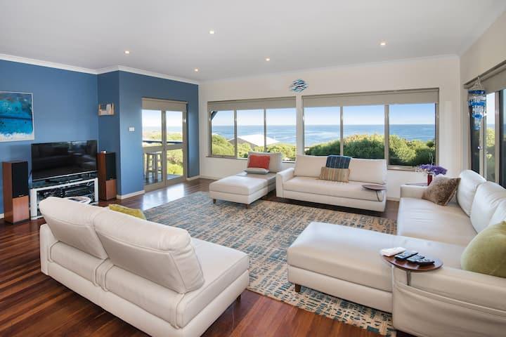 Whale House | Gracetown - Breathtaking Ocean Views