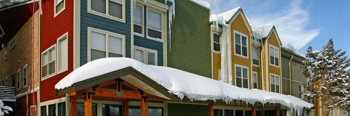 Lift Lodge Resort Ski  in JANUARY