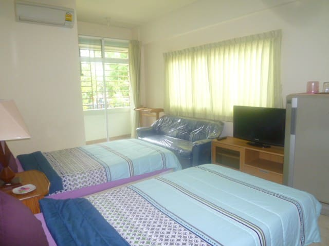Lovely (Twin Bed) at NgamWongwan