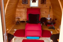 The Sound Therapy Pod. Book a session with World Renown Multi-instrumentalist David R. MARACLE.