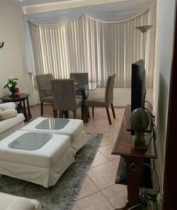 Apartamento inteiro no centro de Barra Mansa