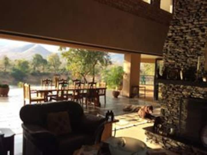 1 Bdrm - Elephant & Marula with Kruger Park View