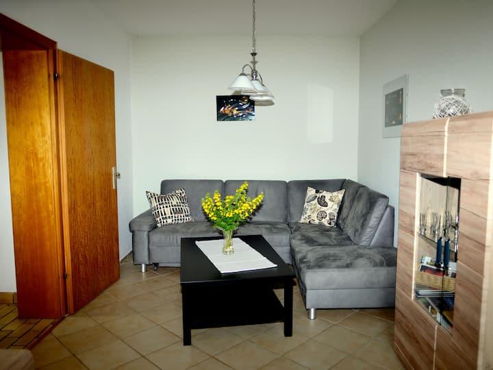 Ferienwohnung Waldenburg, (Attendorn), Ferienwohnung, 45qm, Terrasse, 1 Schlafzimmer, max. 2 Personen