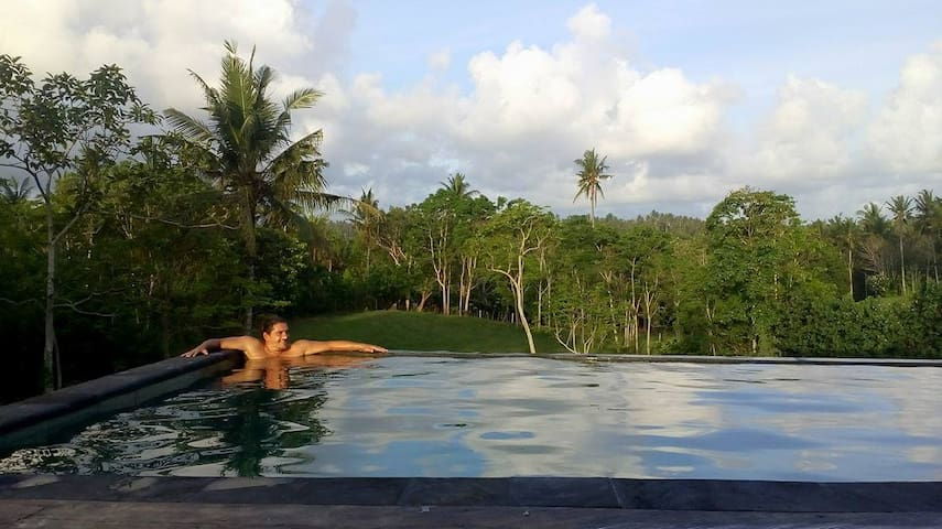 """""""Very nice escape after hipster jungle Canggu. With unique design, comfortable and peaceful set in nature! 9 pm is midnight out here and when stars show up they really do...."""" Thanks Nihad, hope to see you again soon!"""