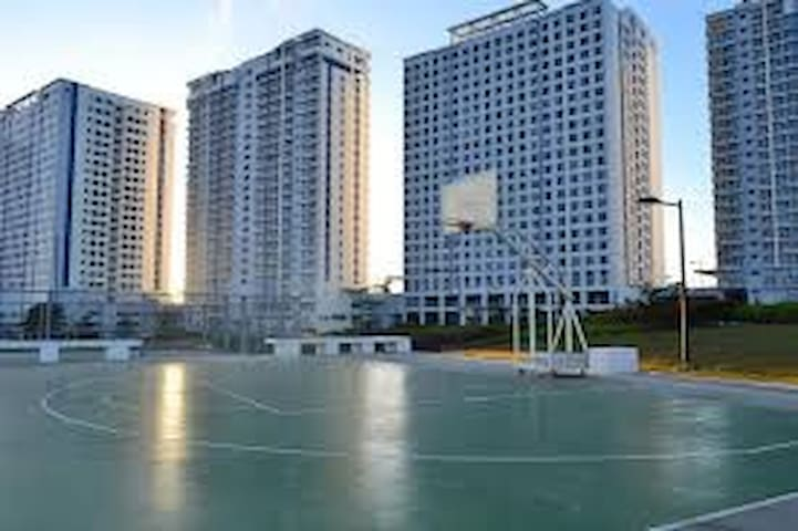 Studio Unit FOR RENT in Wind Residences