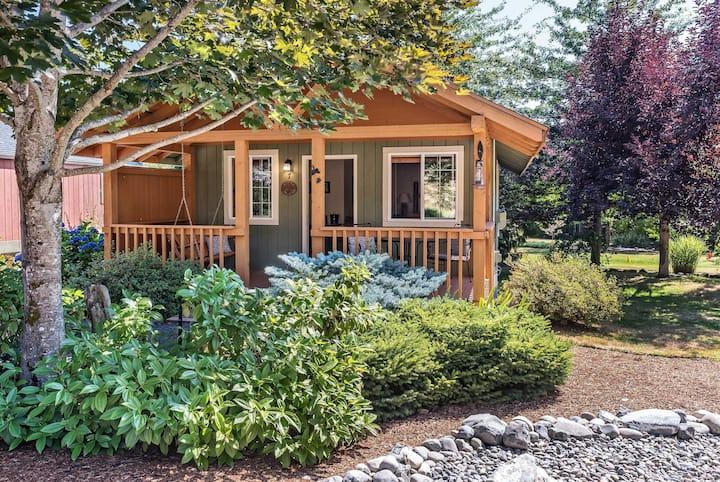 Knotty Pine Cabin - Carson Ridge Luxury Cabins