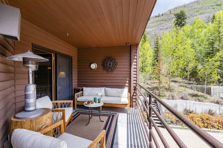 NEW:  Perfect 1 bed condo, steps from Deer Valley