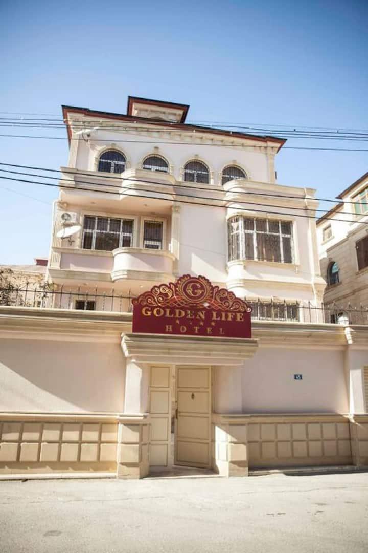Дом вилла с прекрасным видом в г. Баку