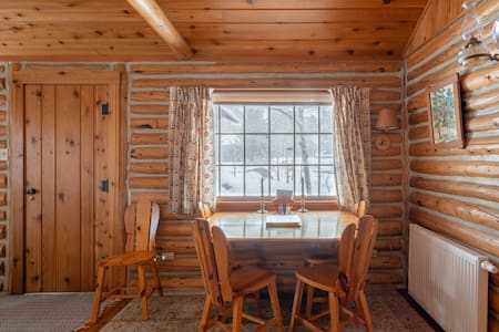 Visit Rocky Mountain Nat'l Park from a Charming Cabin