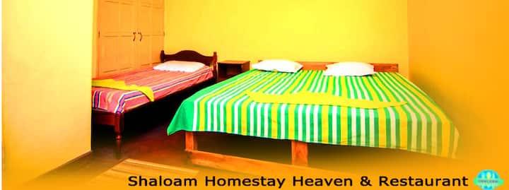 Shaloam - Quad Room (TPL+SGL bed)