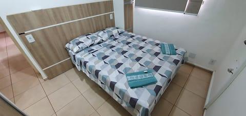 Apartamento c/garagem 2 quartos sendo 1 suíte