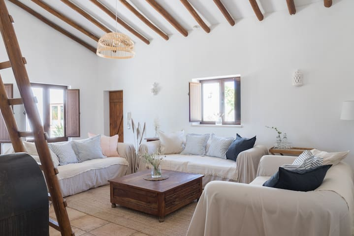 Airbnb Sargacal Vacation Rentals Places To Stay Faro