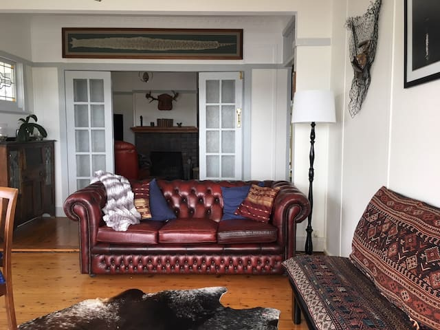 Cedar Cottage (dog friendly)