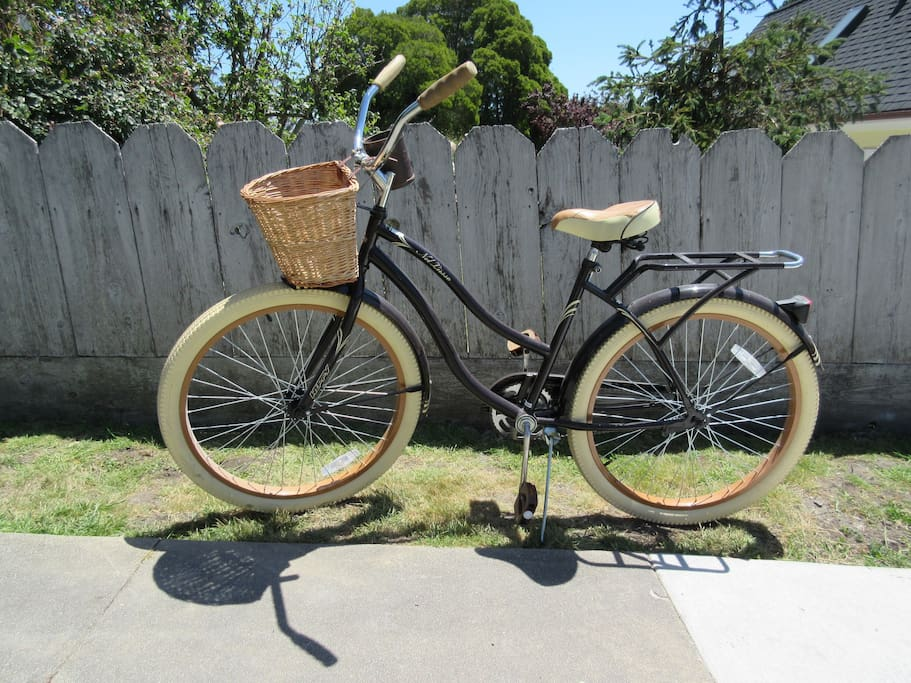 Cruiser bike! You will love the coastside trail