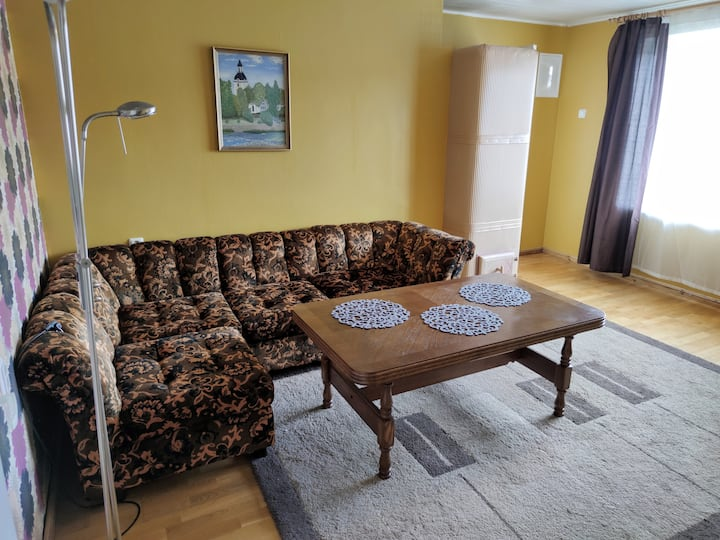 Cosy apartment in Kuressaare. Free parking!