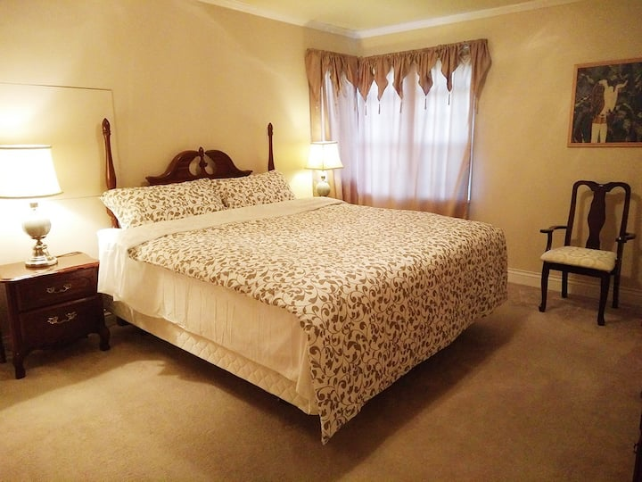 3 nice bedroom suite, Vancouver country house