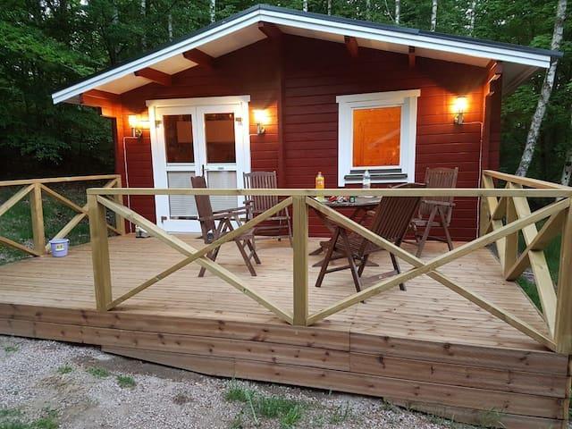 Norra II (Blockhütte 36m², Hot Tube+Sauna 8m²,NEW)