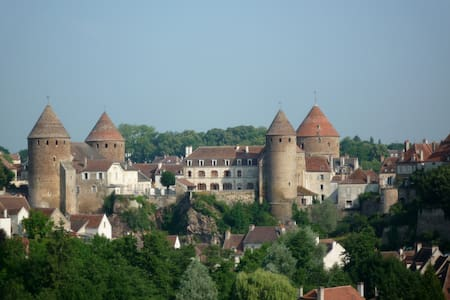 Burgondy 4**** 55 mn from Beaune - Semur-en-Auxois