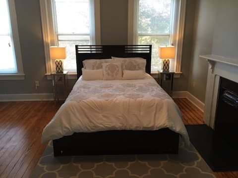 Gorgeous 1-Bdrm in the Fan near Carytown & VMFA