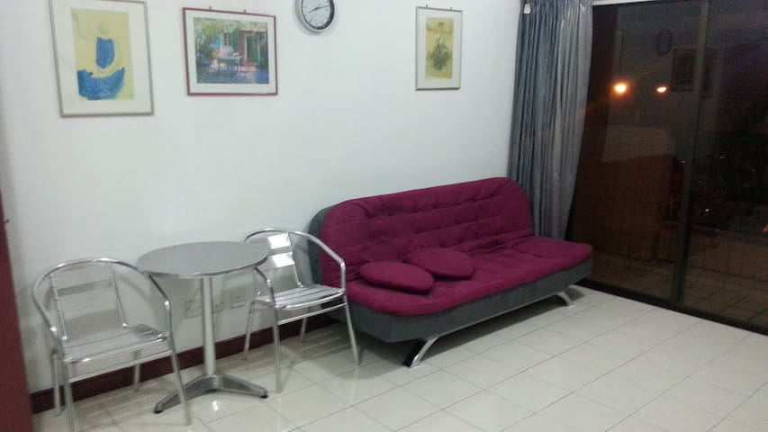 Private room  City Centre CR4 (shared bathroom) - Kota Kinabalu