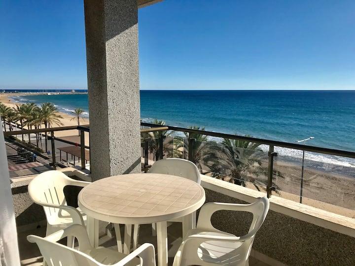 Beach apartment in Calafell