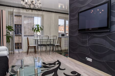 VIP apartment in the centre  - Kharkiv - Apartamento