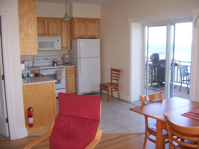 Rental Condo Tide Watcher - Eastport - Apartment