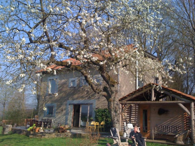B&B Lorcé Mondeal incl. Sauna and Pool - Stoumont - Bed & Breakfast